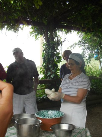 Le Colline di Sorrento: cheese making