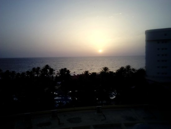 Riadh Palms Hotel : Sunrise is Nice