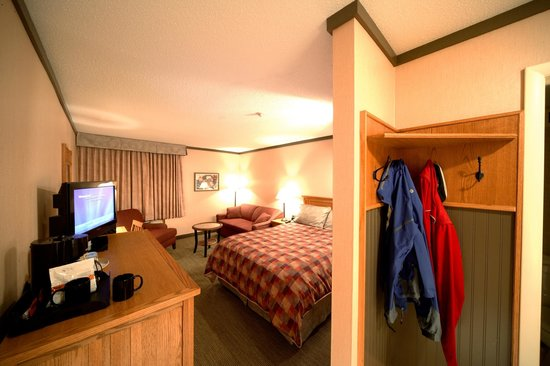 Algoma's Water Tower Inn & Suites: Trailhead Rooms feature extra space for your outdoor equipment.