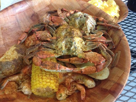 Kevin's Crab Shack: #2 - 3 crabs,1/2 lb med shrimp,1 potato,corn and soda.