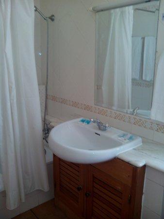 Vitor's Plaza: baño