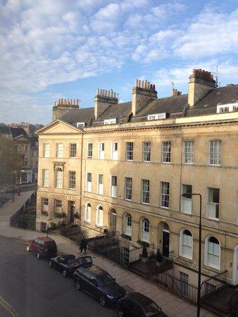 Henrietta House: The view from my room: Henrietta Street.