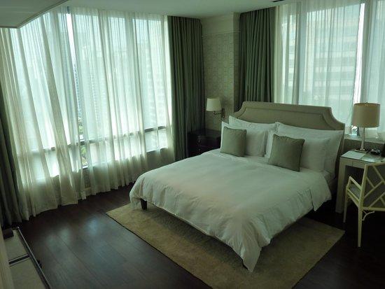 Oriental Residence Bangkok: værelse
