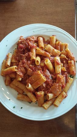 Mama Lucia's Italian Restaurant: My friend's dish. I know it had bacon in it and she said it was very good!