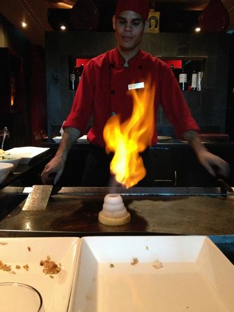 Secrets Silversands Riviera Cancun: Teppanyaki dinner