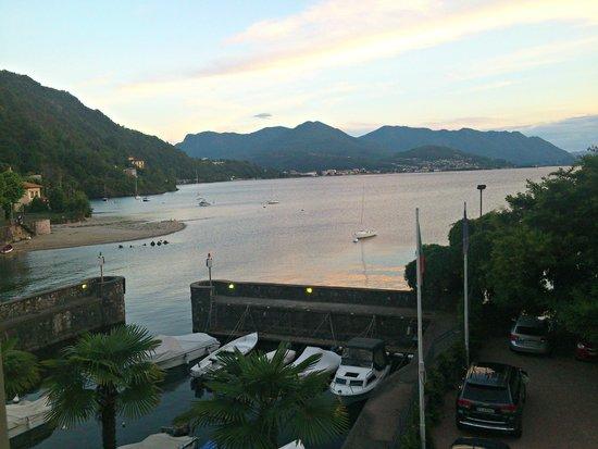 Hotel Camin Colmegna: Lago