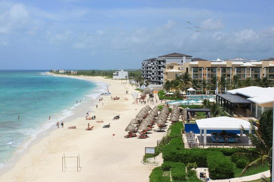 Now Jade Riviera Cancun : View from balcony of Room 7404