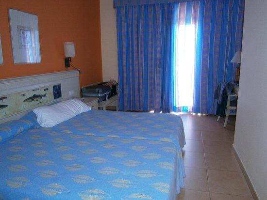 Iberostar Playa Gaviotas Park : chambre