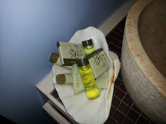 Fatma Hanoum Boutique Hotel: Shower products