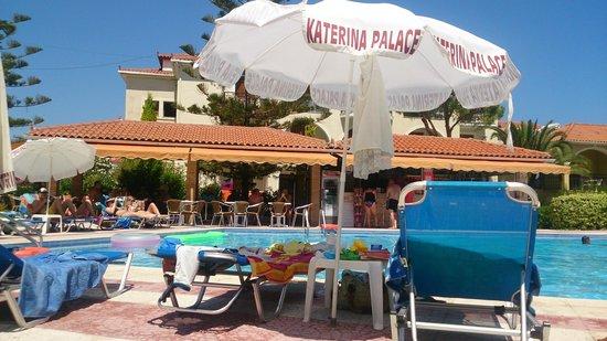 Katerina Palace Hotel : Pool Area