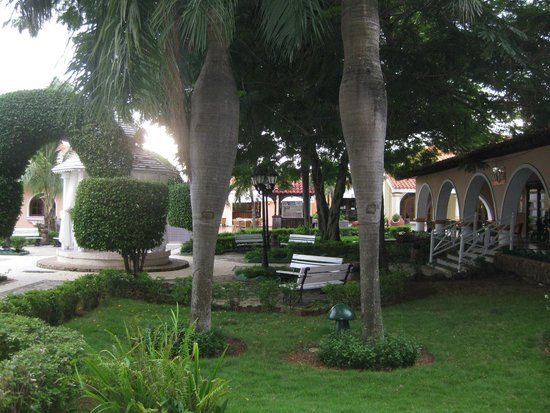Iberostar Hotel Colonial in Cayo Coco : View from Lobby bar