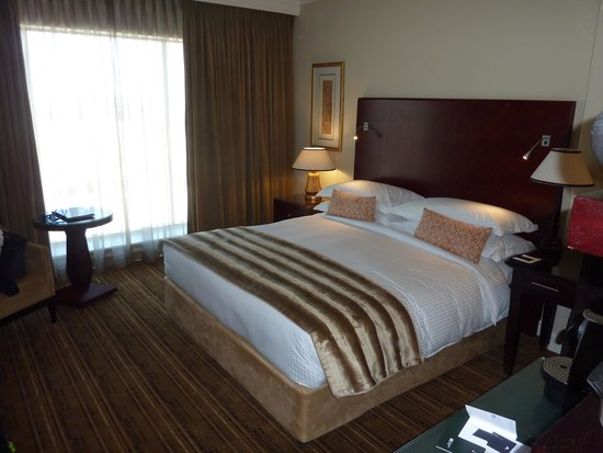 InterContinental Johannesburg OR Tambo Airport: Bedroom