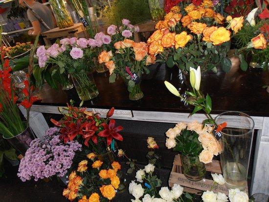 Kleinmarkthalle : frische Blumen