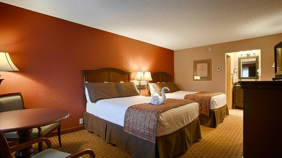 Best Western Plus Landing View Inn & Suites : Standard Double Double Guest Room