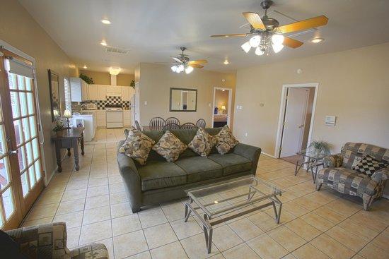 Plantation Suites: Condominium Living Area