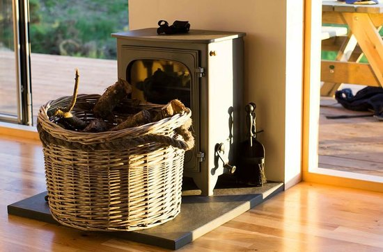 Galloway Activity Centre: The log burner inside the bothy
