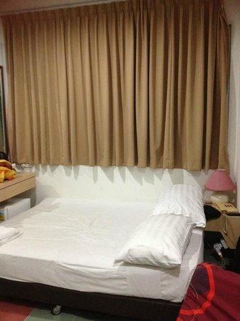 Tai Hoe : Room