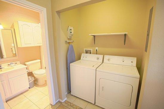 Plantation Suites: Condominium Washer and Dryer