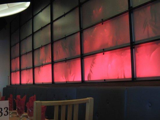 Sur Club Sushi Bar: Decor