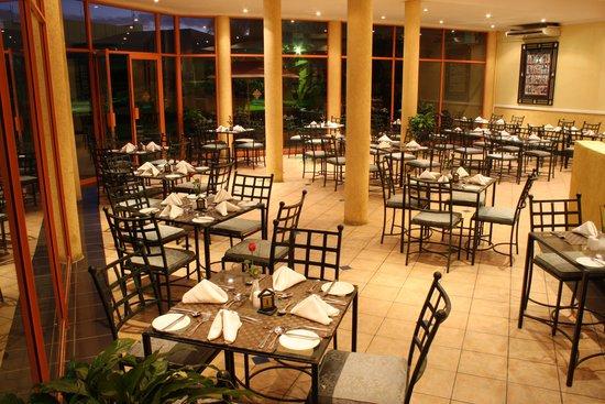 Crossroads Hotel: Crossroads Restuarant