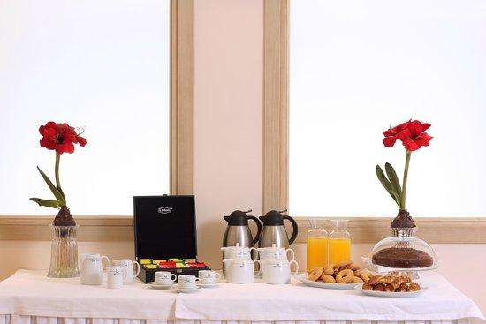 Ariti Grand Hotel: coffee break for conferences