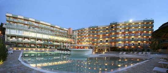 Ariti Grand Hotel: main view of the hotel