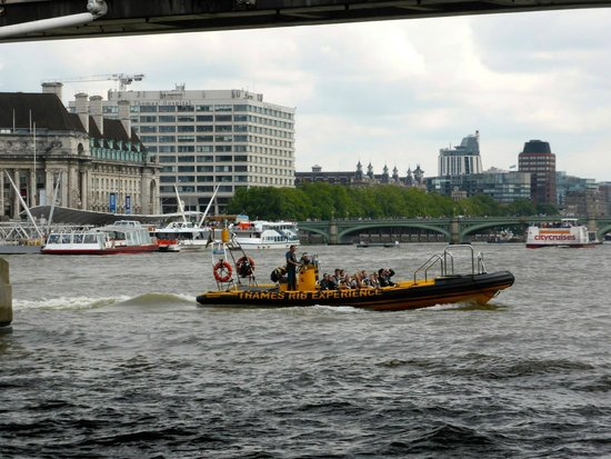 Thames RIB Experience: The power boat