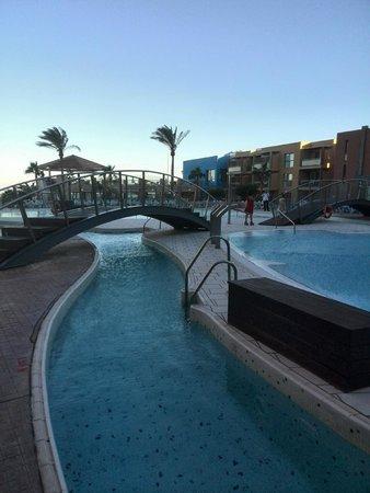 Protur Roquetas Hotel & Spa: piscina