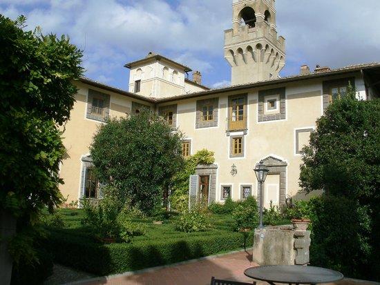 Castello di Montegufoni: Part of the castle grounds