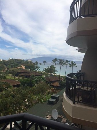 Royal Lahaina Resort: view from balcony