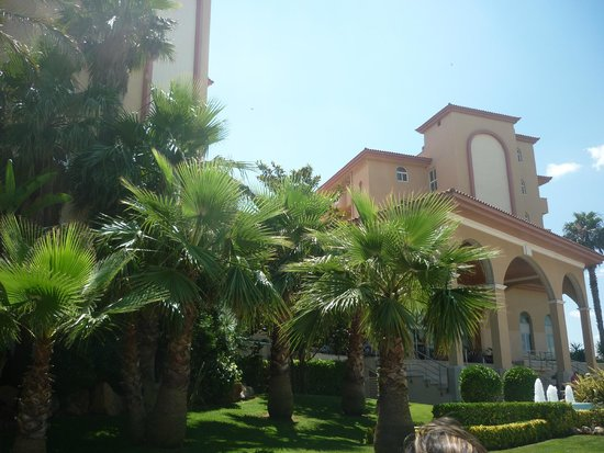 Gran Hotel La Hacienda: exterior