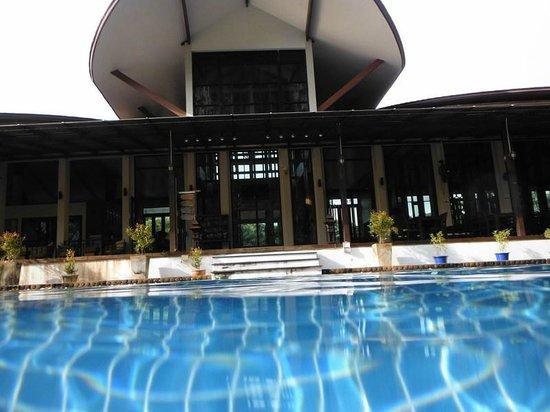 Aonang Phu Petra Resort, Krabi: The lobby