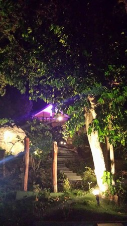 Tantawan Bungalow: lighting