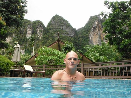 Aonang Phu Petra Resort, Krabi Thailand: Beautifully clean pool