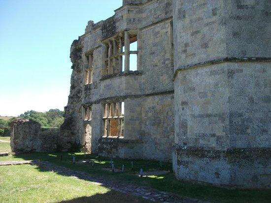 Titchfield Abbey: Sun shining through