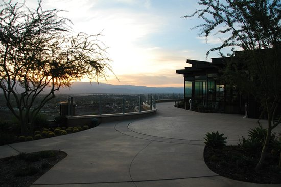The Ritz-Carlton, Rancho Mirage: sunrise at The Edge Restaurant