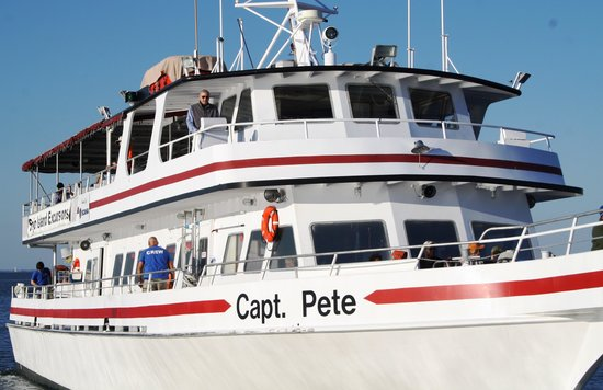 Ship Island Excursions: M/V Capt Pete Ferry Boat