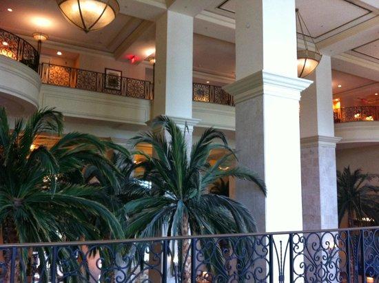 Tampa Marriott Waterside Hotel & Marina: second floor view