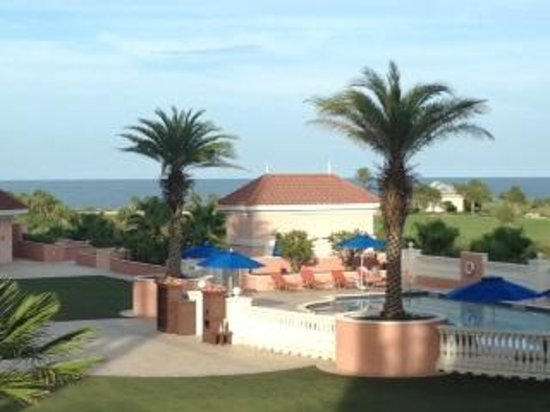 Hammock Beach Resort : View from 2nd floor, Can barely see the ocean