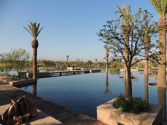 Fairmont Royal Palm Marrakech: COLAZIONE AL MATTINO CON VISTA