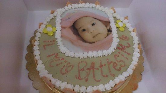 Gelateria Creperia Maxi: Torta Battesimo