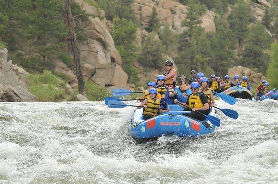 The Adventure Company: rafting 2014