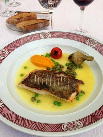 Restaurant Pierre Orsi: Filet de ST Pierre et capres
