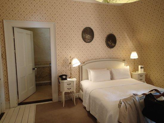 Castle Leslie Estate: Governess Room