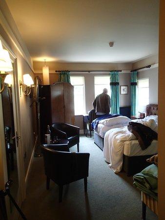 Castle Leslie Estate: Sweeny Room
