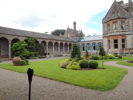 Castle Leslie Estate: Castle Gardens