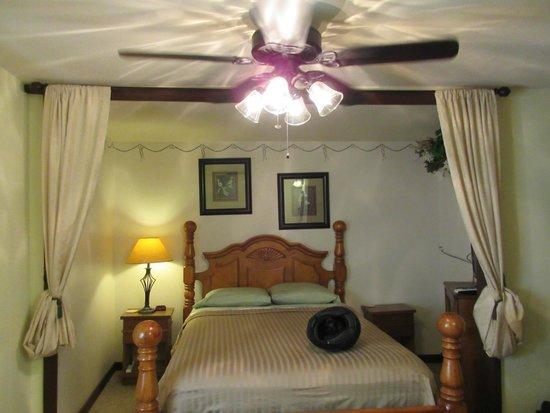 Hootie Creek House Bed & Breakfast : Room 4