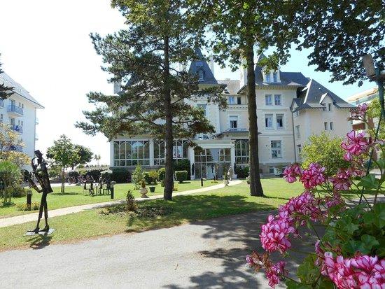 Hôtel Villa Caroline : Villa Caroline-Jardin