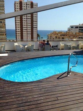 Hotel Agir: pool terrace