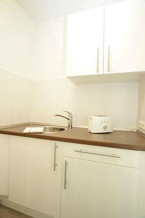 Bedpark Stellingen: Küche im Apartment Plus